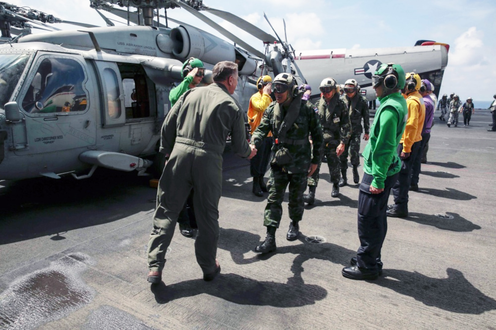 Abraham Lincoln Carrier Strike Group Hosts Thai Military Officials