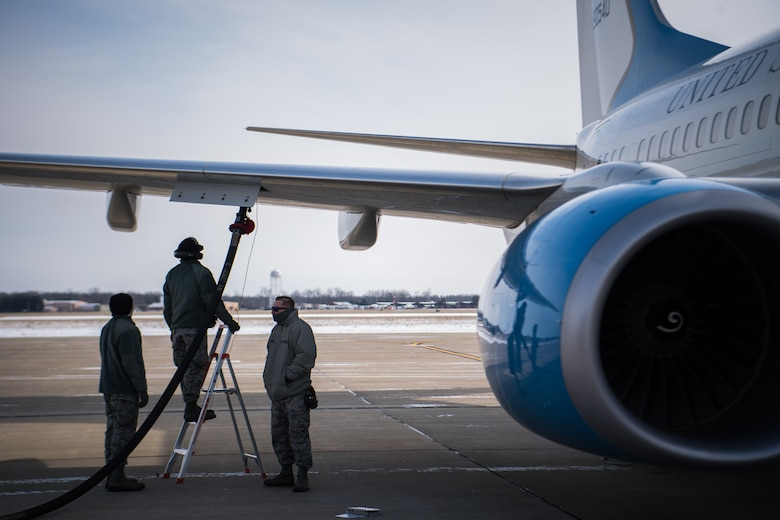 The polar vortex can't stop the 932nd Airlift Wing flight line crew chief from completing his mission and launching aircraft.