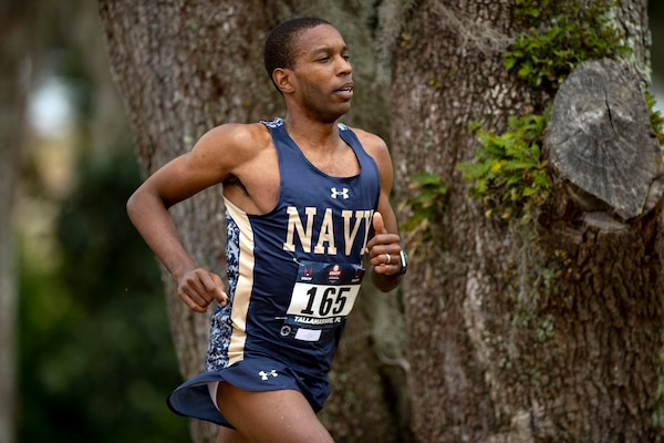 Navy Lt. Cmdr. William Christian competes in the 2019 Armed Forces Cross Country Championship and simultaneously the 2019 USA Track and Field Cross Country Championship .