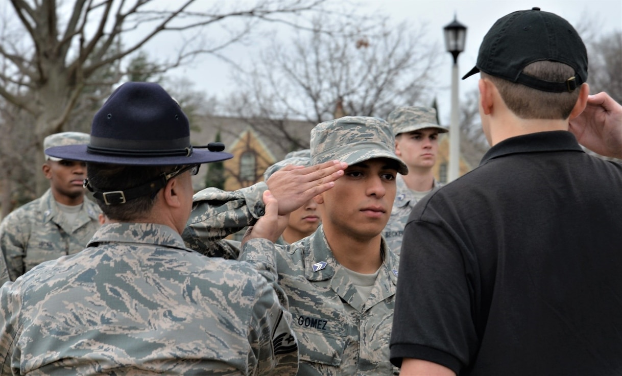 Master Sgt. Edward Rivera, a military training instructor with the 433rd Training Squadron at Joint Base San Antonio-Lackland, instructs AFROTC Det. 845 cadets at Texas Christian University, Fort Worth, Texas, on military customs and courtesies. (Photo by Clayton Church, US Army Corps of Engineers)