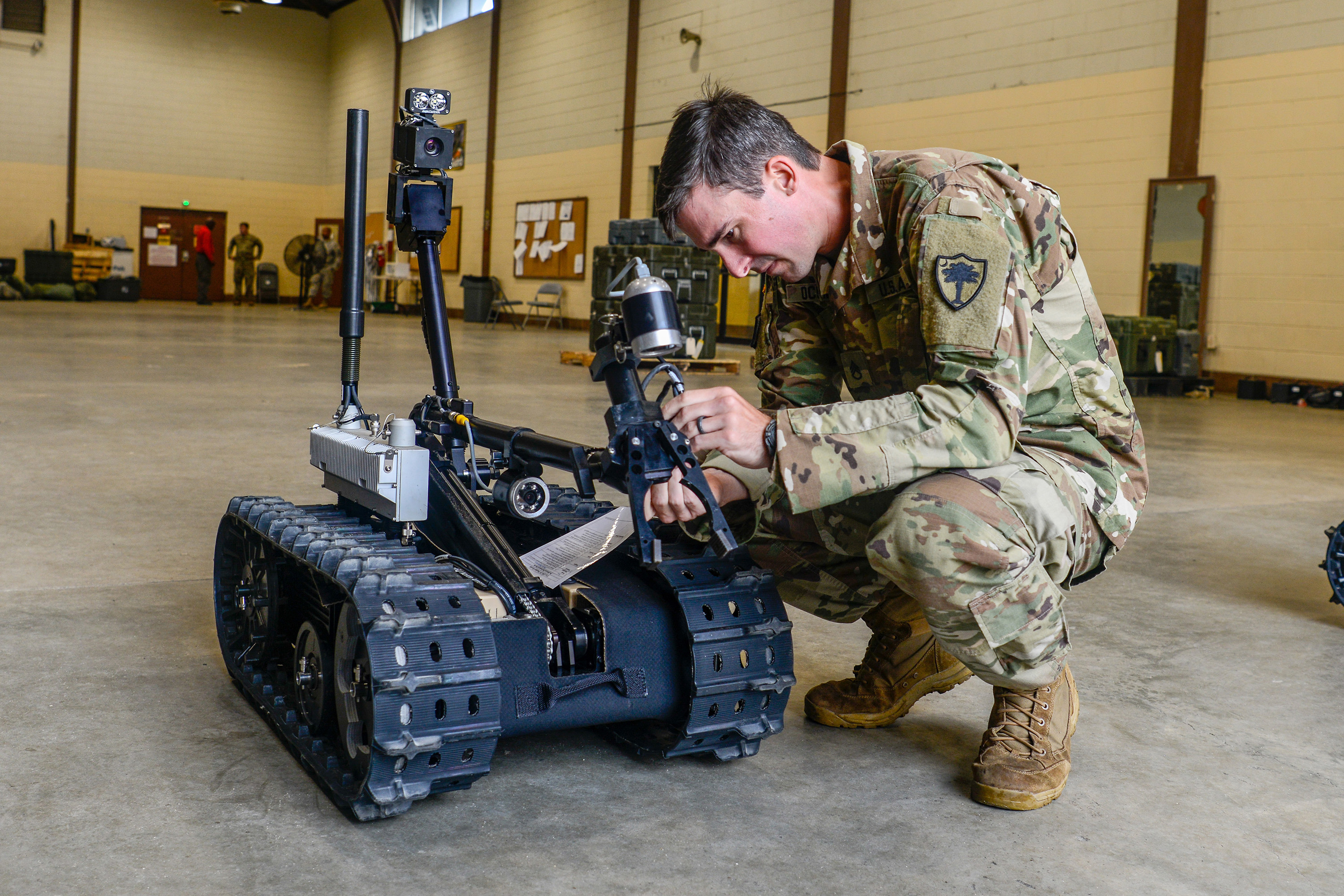 b5886baca98 Guard members to see expanded use of robots > National Guard > Guard ...