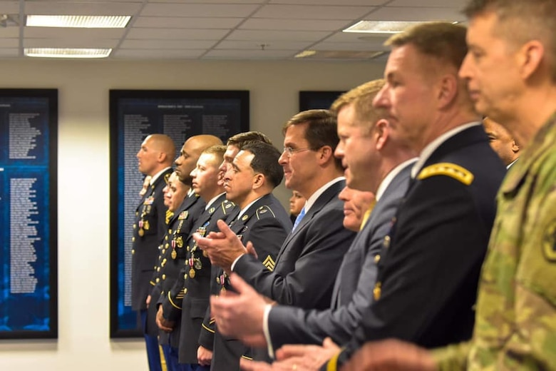 The top Army leaders and top recruiters at the start of the recruiter recognition ceremony.