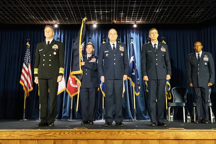 Lt. Gen. Schneider Takes Command of U.S. Military in Japan