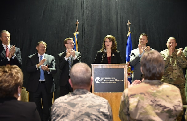 Gov. Kristi Noem, 33rd governor of South Dakota, speaks with 114th Fighter Wing Airmen during a Welcome Ceremony in Sioux Falls, S.D., Feb. 3, 2019.