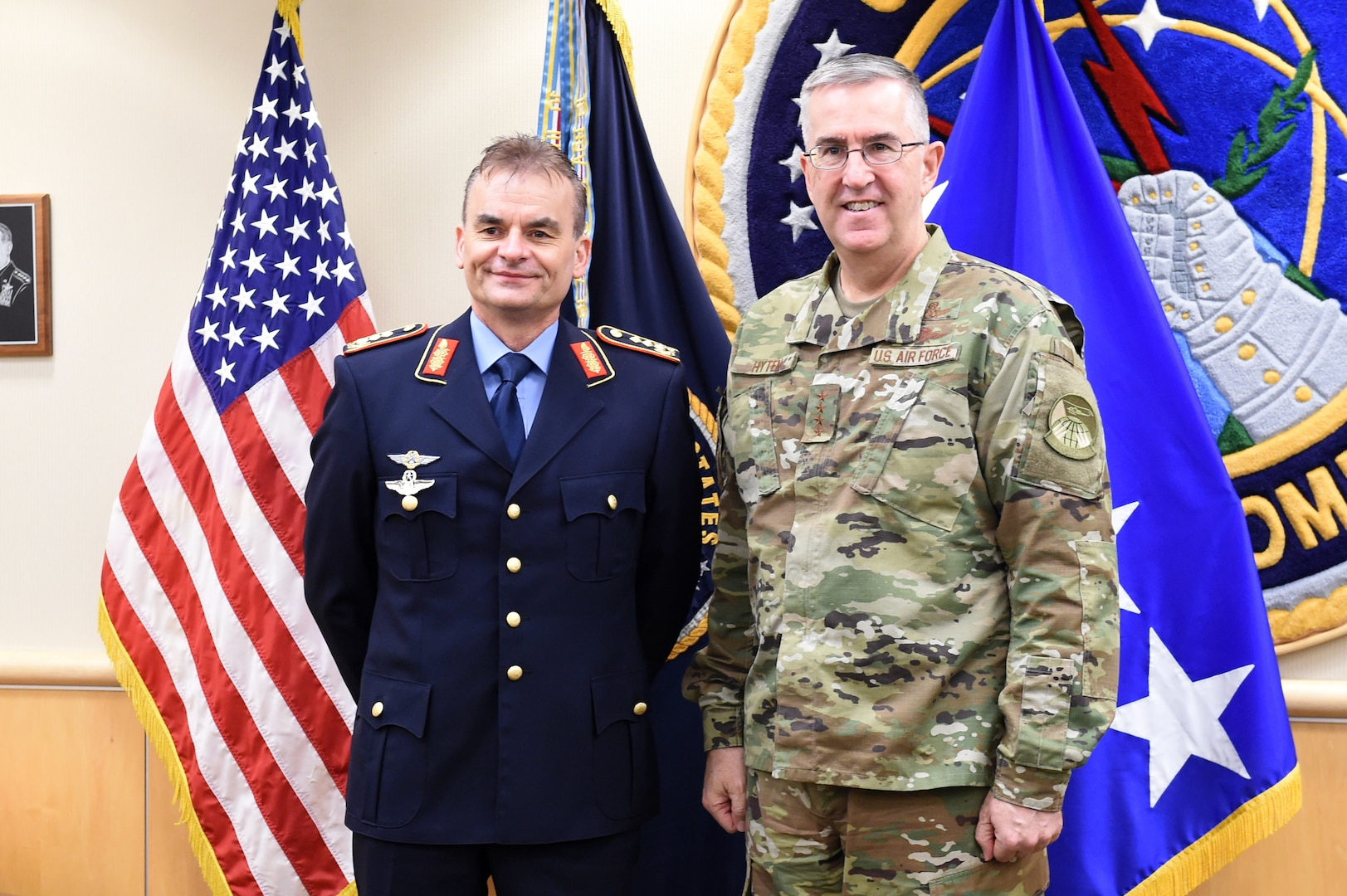 """Lt. Gen. Christian Badia (left), German Federal Ministry of Defence, head of the strategic defence planning and concepts division, meets with Gen. John Hyten (right), commander of U.S. Strategic Command, during his visit on Feb. 4, 2019, at Offutt Air Force Base, Neb. Badia visited to discuss topics of deterrence, and the importance of alliances and partnerships.   """"Strong transatlantic ties within NATO are most important for our nations' security within and beyond NATO, said Badia. """"With Germany contributing to deterrence by a wide range of capabilities, it goes without saying that an intensive collaboration is required to coherently develop policy, capabilities, doctrine etc. within this pillar of deterrence."""" (U.S. Air Force photo by Master Sgt. April Wickes)"""