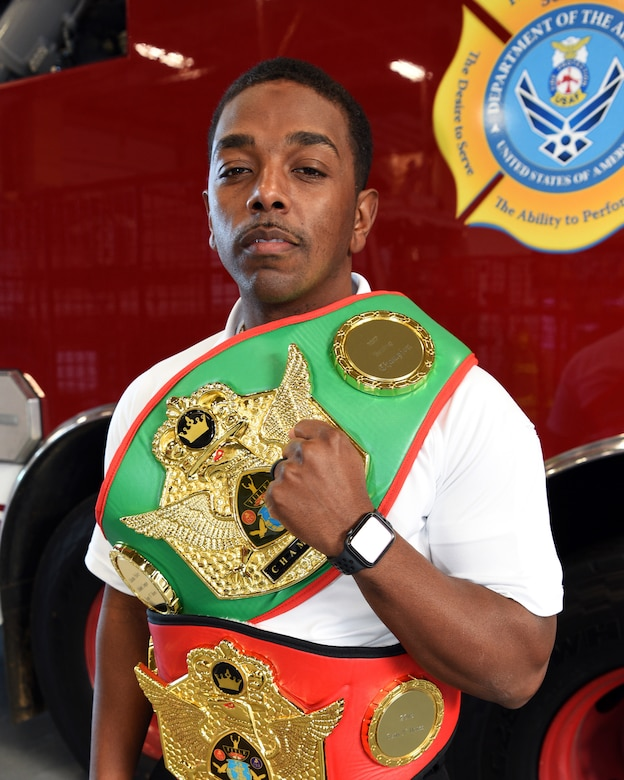 Robins firefighters use boxing to stay fit to fight flames