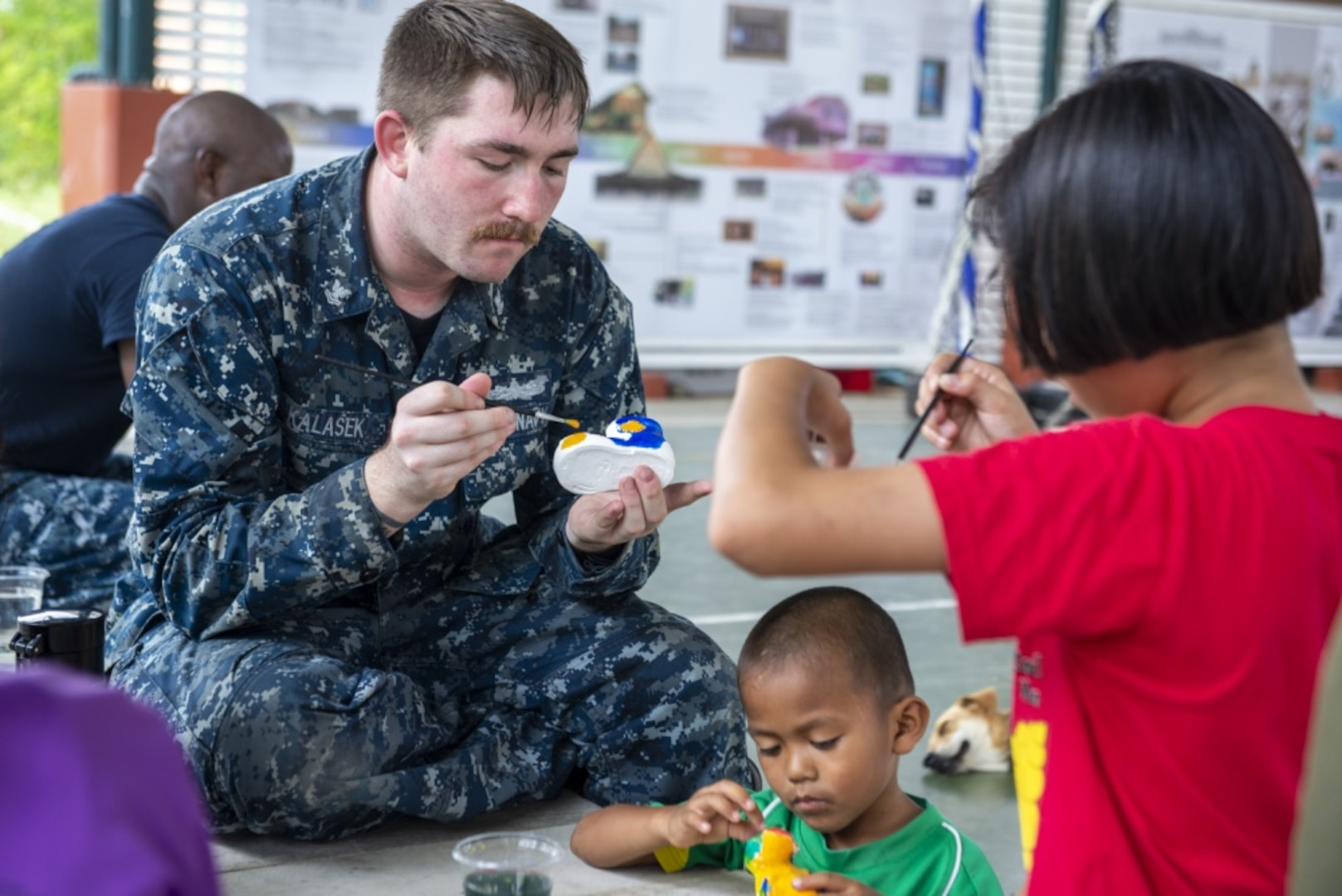 USS Green Bay Sailors, Marines Visit Thai Schools, Share Cultures