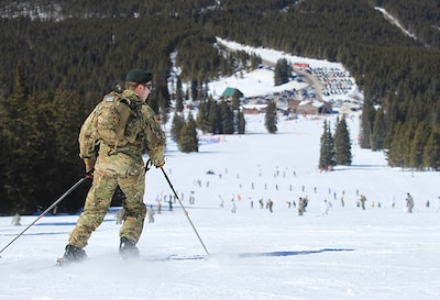 Colorado Guard Soldiers to hone mountain skills at Vail