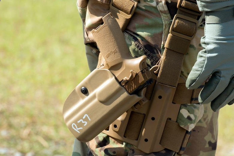 The Army began fielding the modernized M17 and M18 Modular Handgun Systems to the Military Police School in December. The school is expected to received about 1,400 weapons in total. (Photo Credit: Lewis Perkins)