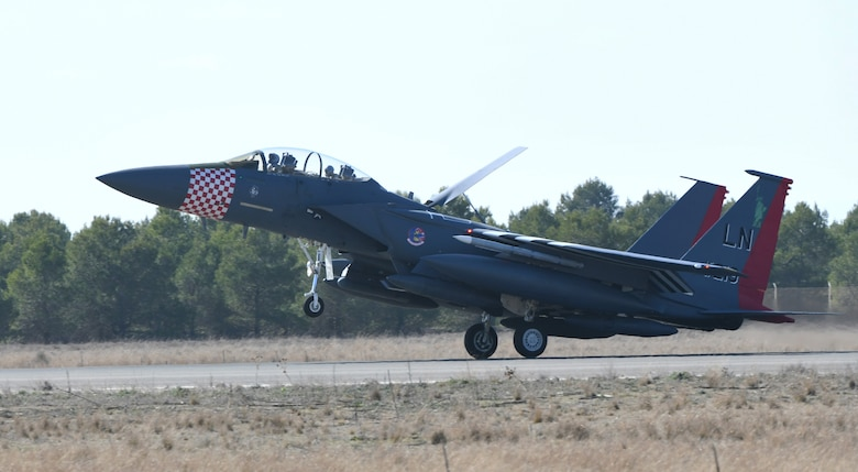 A U.S. Air Force F-15E Strike Eagle from Royal Air Force Lakenheath, England, arrives at Albacete Air Base, Spain, during the NATO Tactical Leadership Programme 19-1 flying course, Feb. 15, 2019. During TLP, U.S. Air Force F-15Es will conduct flying training with other NATO air forces including Spain, France, Greece, Italy, Germany, the United Kingdom and Belgium. (U.S. Air Force photo by Staff Sgt. Alex Fox Echols III)