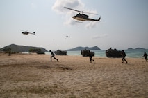 US, Royal Thai and Republic of Korea Service Members Conduct Amphibious Assault Exercise in the Kingdom of Thailand