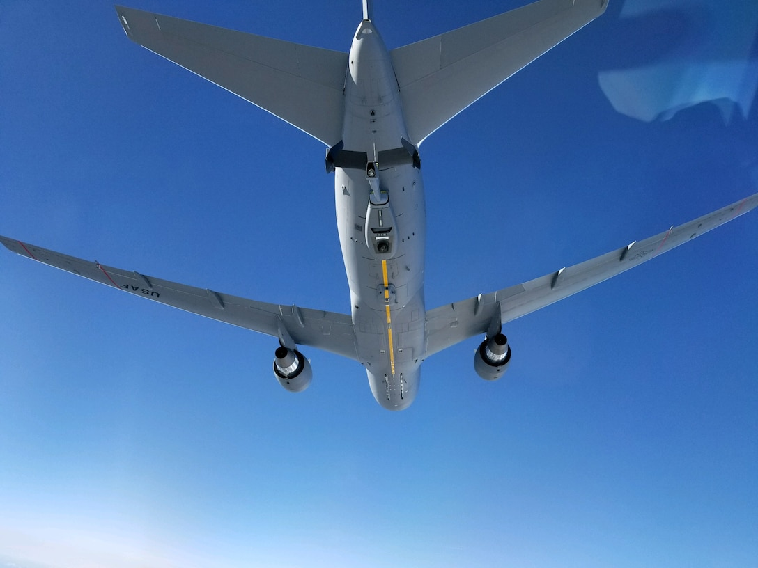 Team McChord conducts C-17 Globemaster III aerial refueling with the U.S. Air Force's newest KC-46 Pegasus tanker Jan. 29
