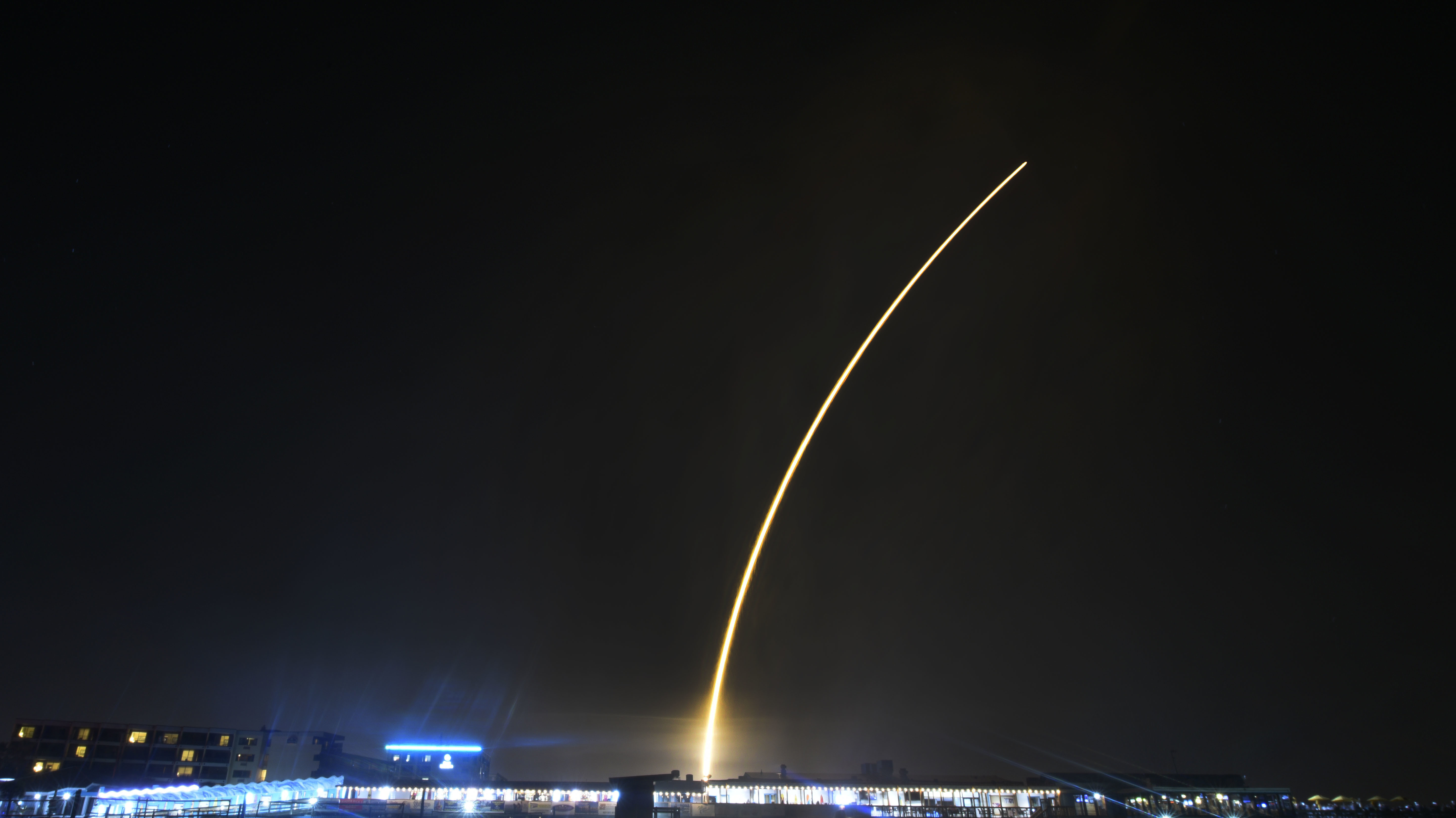 SpaceX Falcon 9 rocket PSN VI successfully launches from Cape ... on