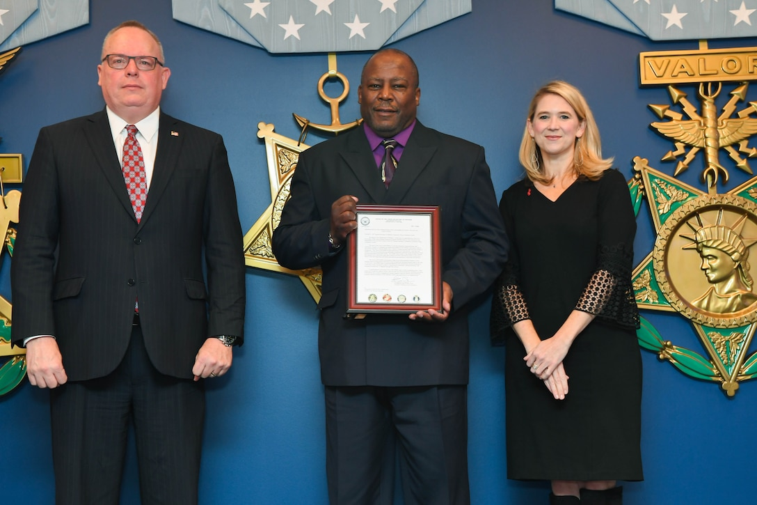 The Department Of Defense recognizes outstanding units during the 2018 annual Red Ribbon Week in the Hall of Heroes, in the Pentagon, Arlington, Va., Oct. 18, 2018.  (U.S. Army photo by Spc. Trevor Wiegel)