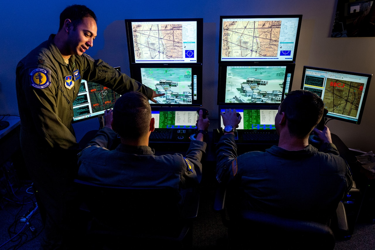 Air Force major trains enlisted pilot students.