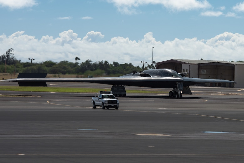 A B-2 Spirit bomber deployed from Whiteman Air Force Base, Missouri, taxi at Joint Base Pearl Harbor-Hickam, Hawaii, Jan. 10, 2019.