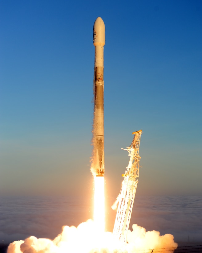 launch of the fifth Iridium mission on a SpaceX Falcon 9 rocket