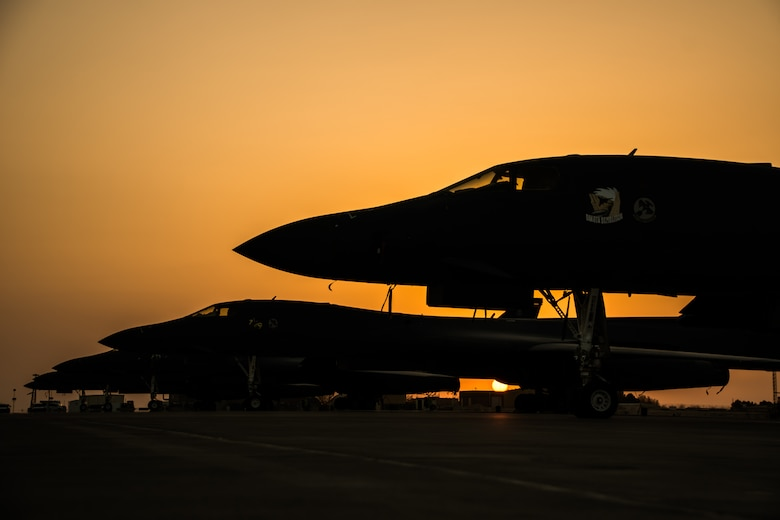 B-1B Lancers sit on the flightline
