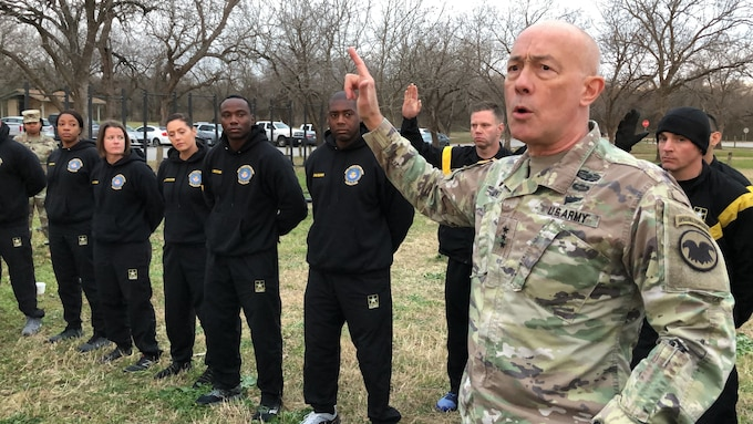 Army Reserve commanding general and Soldiers participate in ACFT pilot program