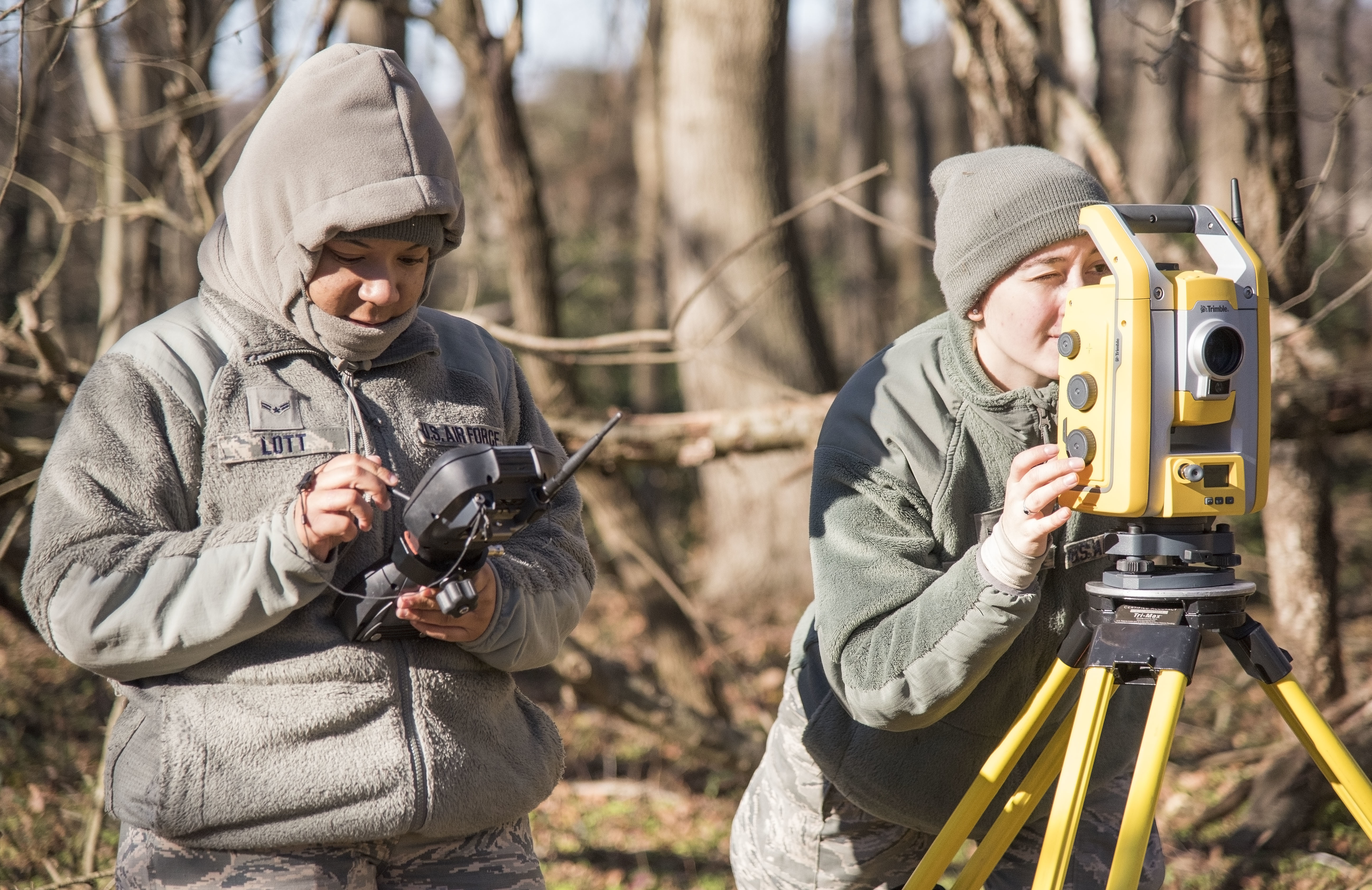 436th CES hones aircraft mishap surveying skills > Dover Air Force