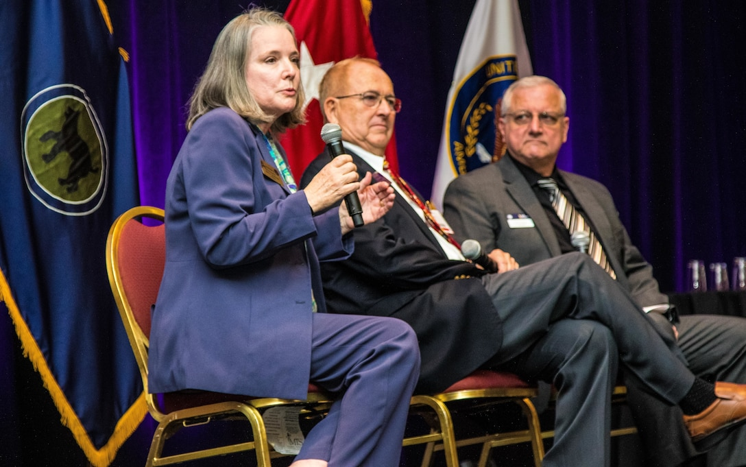 Connections and Camaraderie: 81st Readiness Division builds relationships during Yellow Ribbon Event