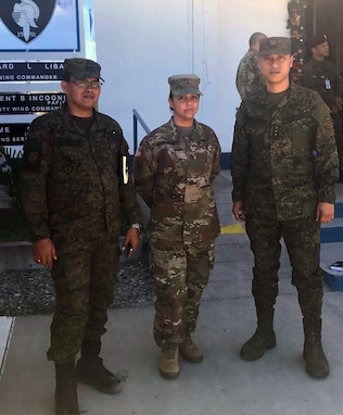 Balikatan '19 Builds Contracting Skills for NCO