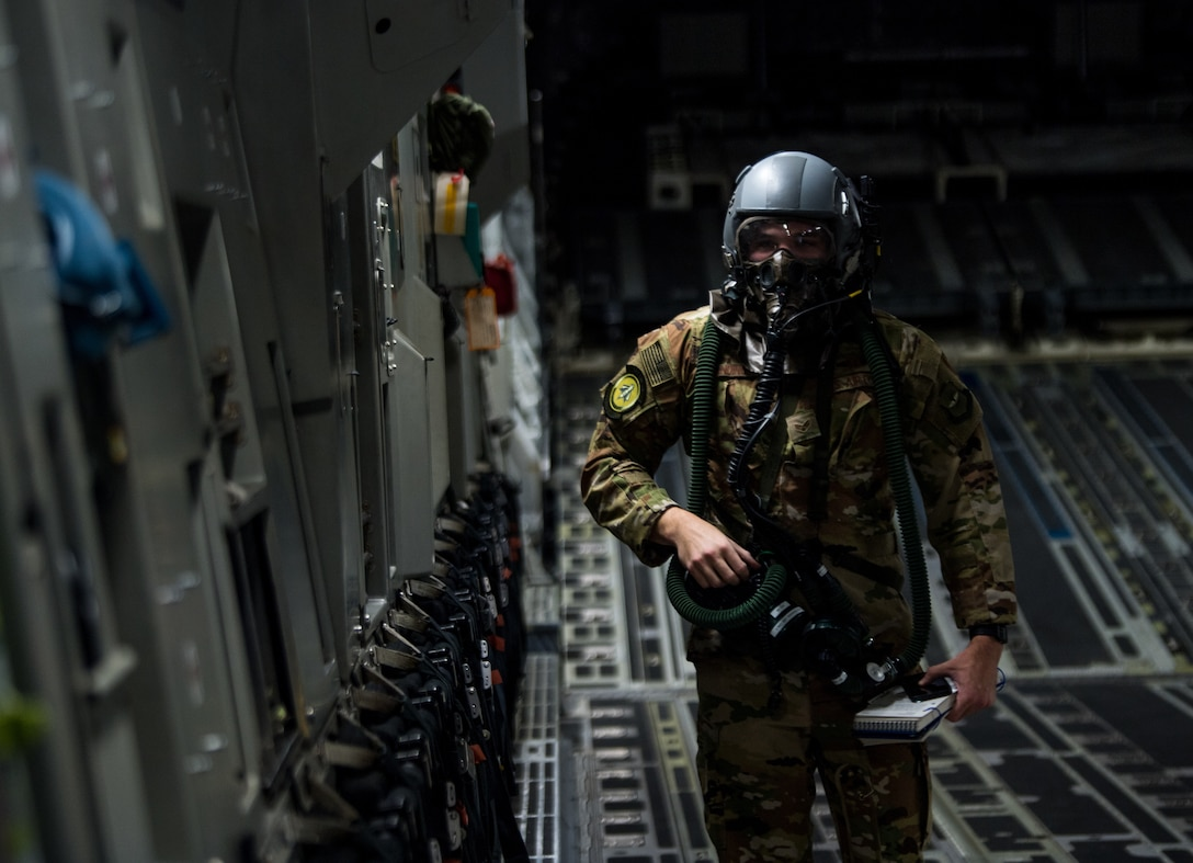 C-17 Globemaster III pre-flight checks