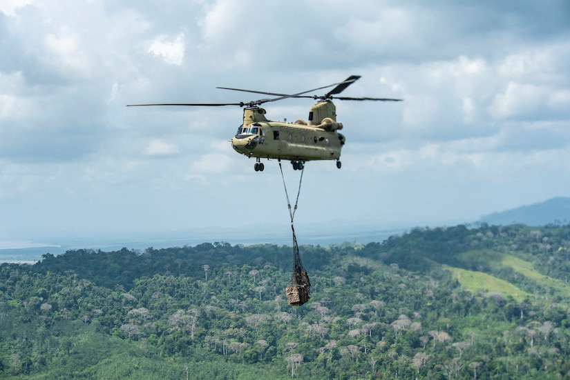 A U.S. Army CH-47 Chinook carries supplies to the Darien Province in the Republic of Panama, Jan. 9, 2019.