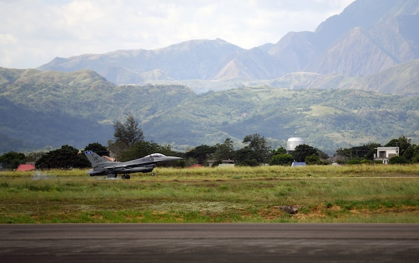 US, Philippine AF Conduct Bilateral Air Contingency Exchange