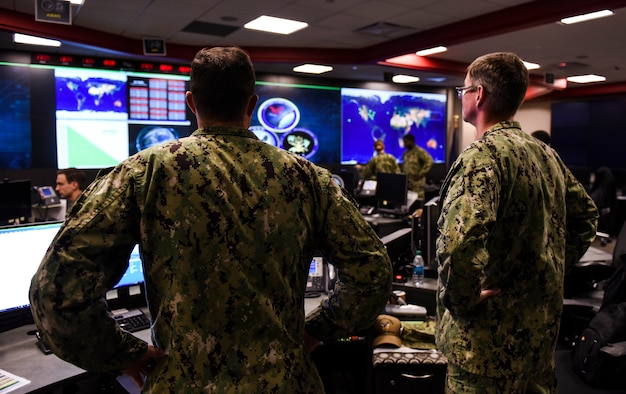Sailors stand watch in Fleet Operations Center at headquarters of U.S. Fleet Cyber Command/U.S. 10th Fleet at Fort Meade, Maryland, September 27, 2018 (U.S. Navy/Samuel Souvannason)