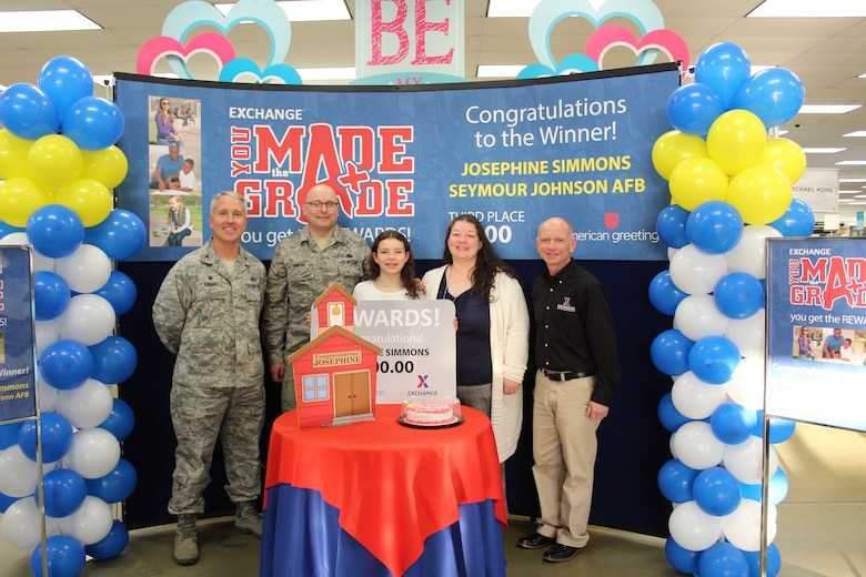 Exchange honors military student with $500 prize for academic achievement