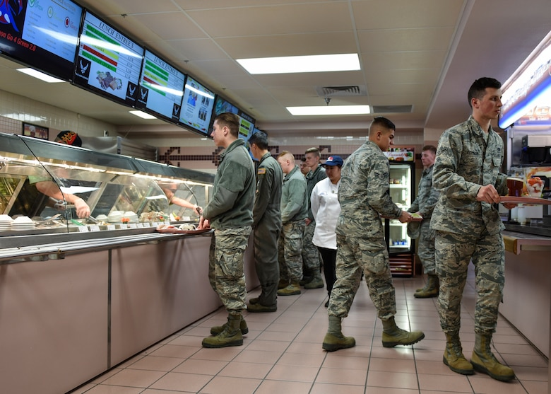 Airman obtain their daily nutrition from Thunderbird Inn at Kirtland Air Force Base, N.M., Jan. 22, 2019. The Thunder Inn most recently won the John L. Hennessy Award in 2011. (U.S. Air Force photo by Airman 1st Class Austin J. Prisbrey)