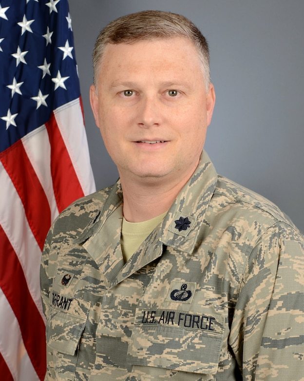"""Portrait of U.S. Air Force Lt. Col. Robert """"Will"""" Tarrant, the 169th Comptroller Flight commander at McEntire Joint National Guard Base, South Carolina Air National Guard, Jan. 6, 2019.  (U.S. Air National Guard photo by Master Sgt. Caycee Watson)"""