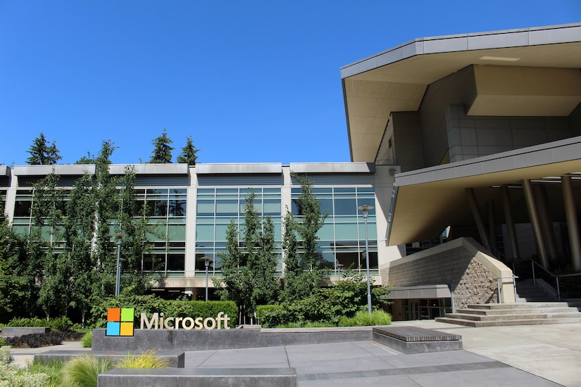 Building 92 at Microsoft Corporation headquarters in Redmond, Washington, May 30, 2016 (Courtesy Coolcaesar)