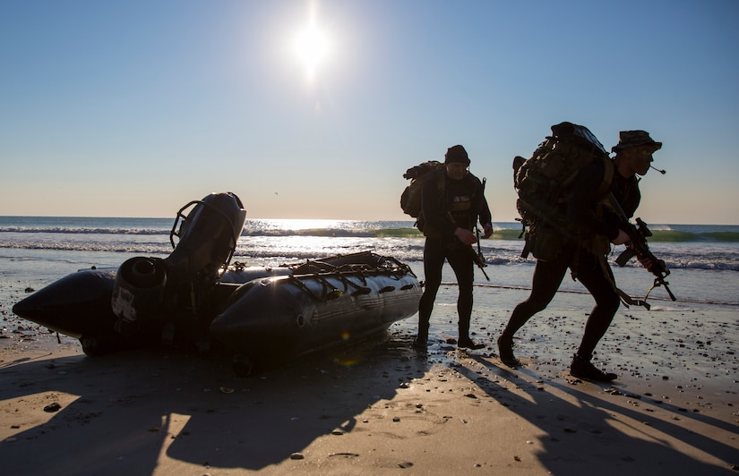Marines with 2nd Reconnaissance Battalion, 2nd Marine Division, II Marine Expeditionary Force, during reconnaissance mission at Onslow Beach, North