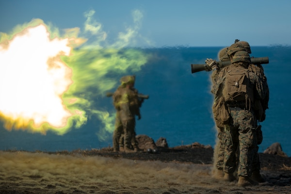 Marines with Weapons Company, Battalion Landing Team, 3rd Battalion, 5th Marines, fire Carl Gustav rocket system during exercise Talisman Saber 17, Queensland, Australia, July 21, 2017 (U.S. Marine Corps/Amy Phan)