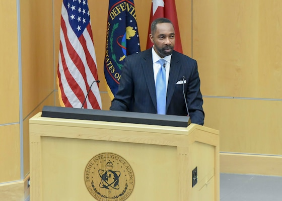 J.J. Green, WTOP radio national security correspondent, speaks to the Defense Intelligence Agency workforce during a DIA Mentoring Summit, Jan. 17, 2019, at DIA Headquarters.