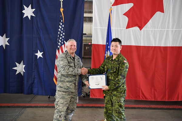 Canadian space operators certified, awarded space wings in CSpOC