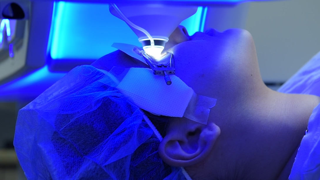 A patient receives small incision lenticule extraction treatment at the Joint Warfighter Refractive Surgery Center, Wilford Hall Ambulatory Surgical Center, Jan. 15, 2019. SMILE treatment is one of three laser surgeries performed to enhance a warfighter's vision. Surgeons at WHASC Joint Warfighter Refractive Surgery Center executed the center's 50,000th surgery since opening in 2000. (U.S. Air Force photo by Airman 1st Class Ryan Mancuso)