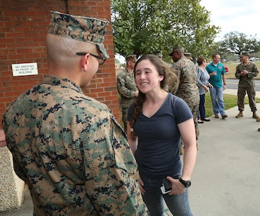 MARCORLOGCOM Marine returns from deployment