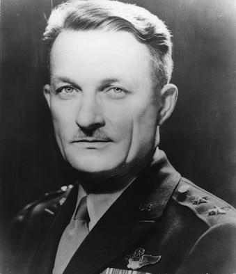 Maj Gen St. Clair Streett