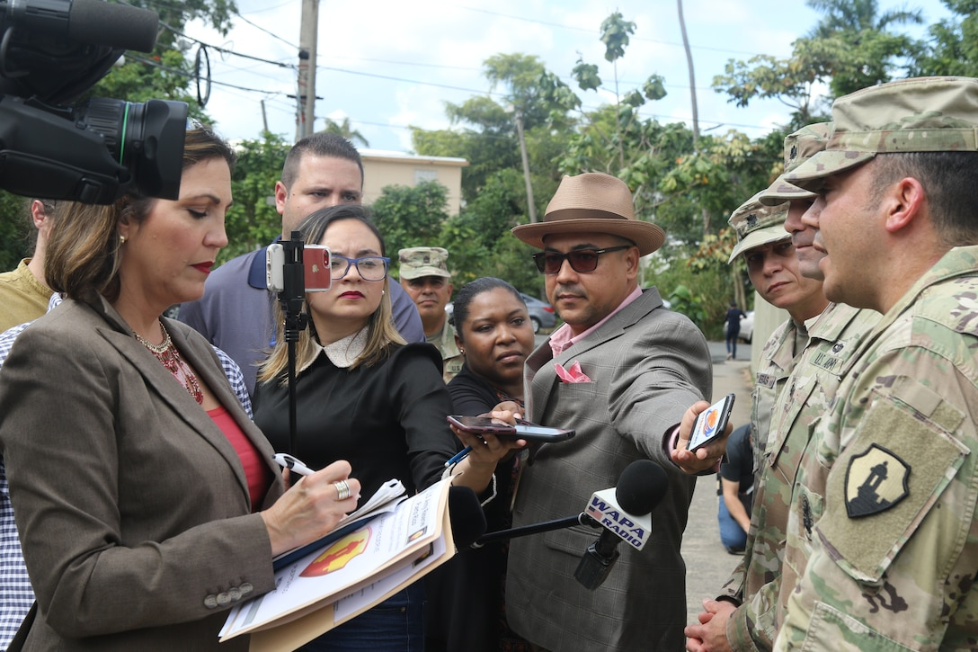 Army Reserve-Puerto Rico school house trains Soldiers at the local Bureau of Forensics Sciences