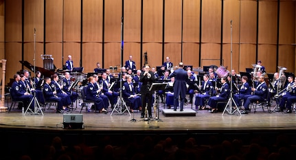 USAF Band performs Guest Artist Series