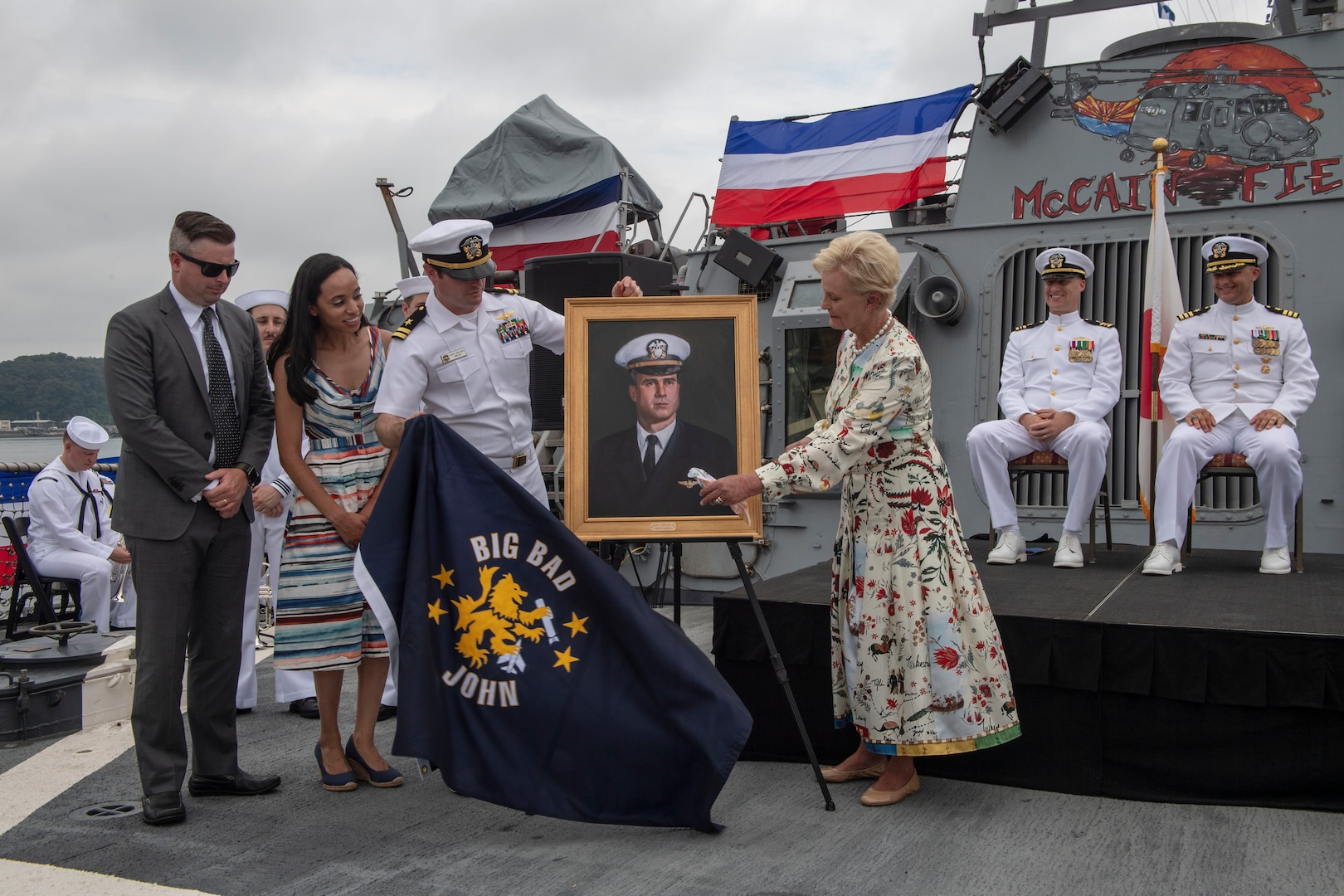 USS John S. McCain Conducts Change of Command and 25th Commissioning Anniversary Ceremony