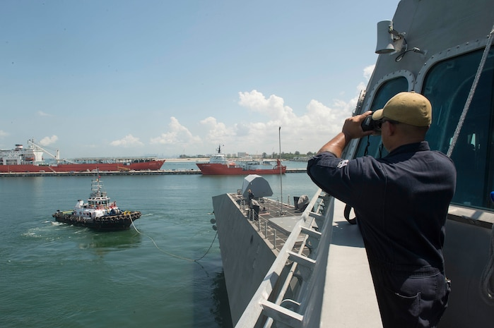 USS Montgomery Arrives in Singapore