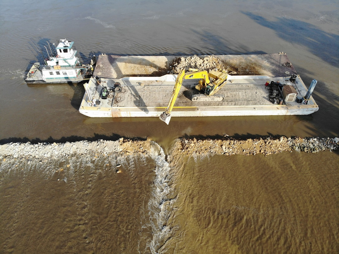 Aerial view of levee breach L575b as of July 1, 2019.