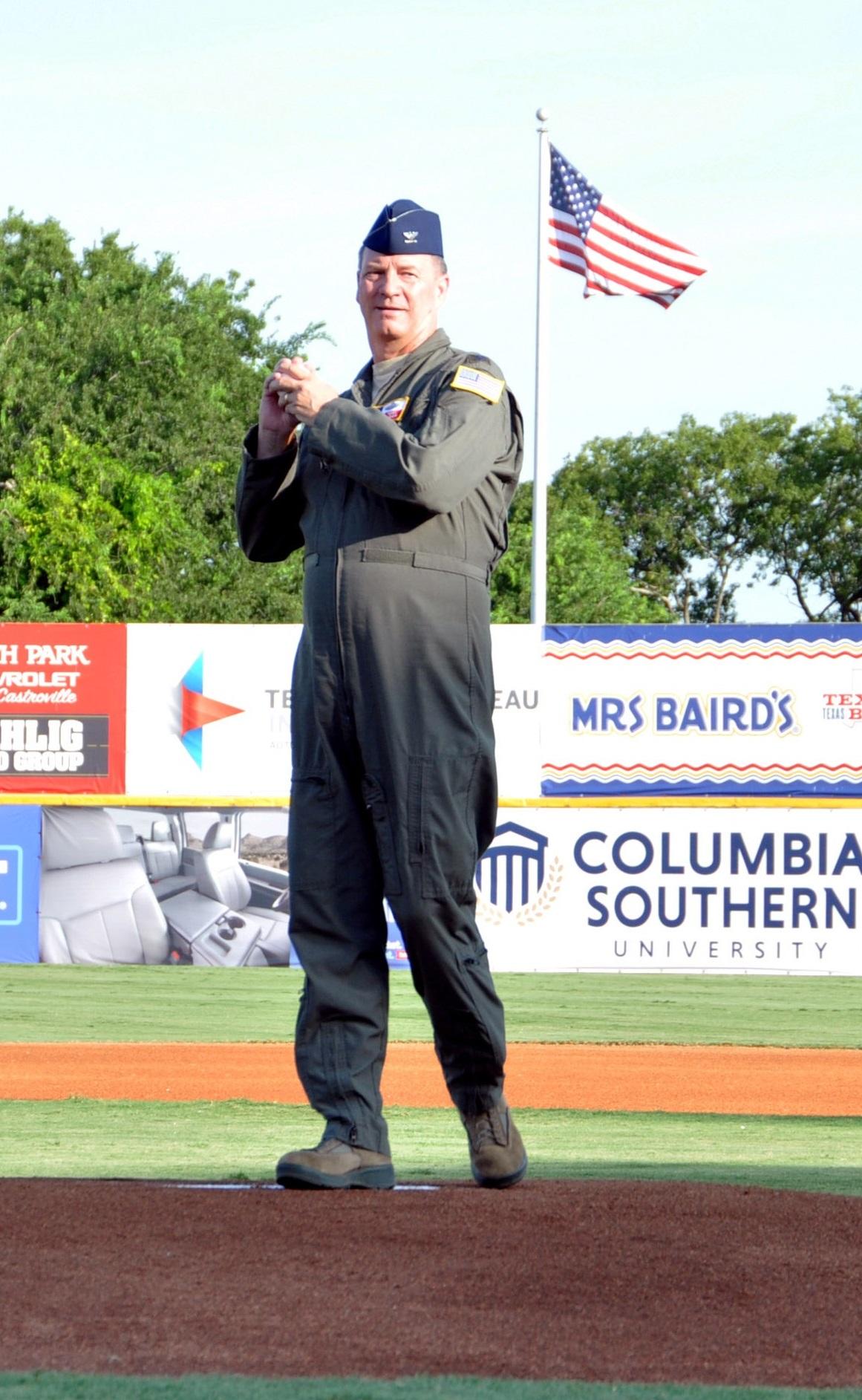 San Antonio Missions Baseball Team Hosts 433rd Airlift