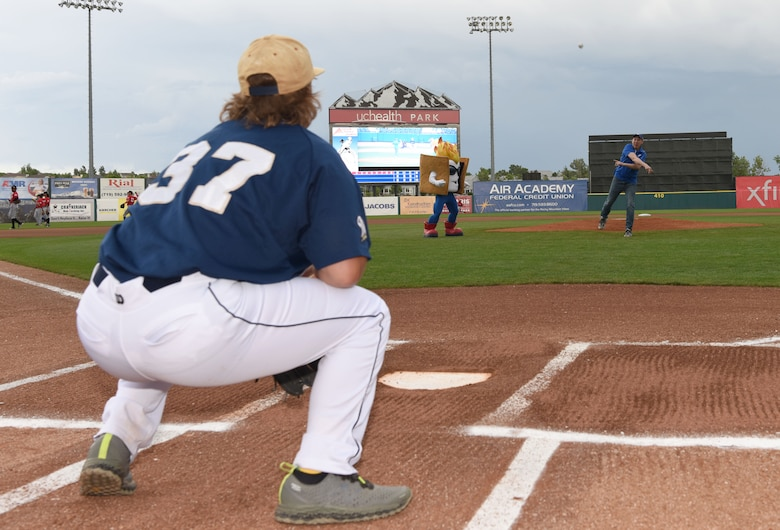 Col. James Smith, 50th Space Wing commander, throws the ceremonial first pitch prior to the game between Colorado Springs Rocky Mountain Vibes and Billings Mustangs at UC Health Park in Colorado Springs, Colorado, July 11, 2019. The game was part of the Vibe's Air Force Appreciation Night to honor the Airmen stationed in Colorado Springs. (U.S. Air Force photo by Staff Sgt. Matthew Coleman-Foster)