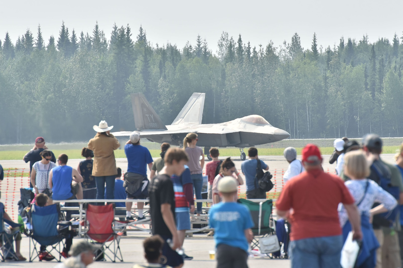 Eielson hosts Arctic Lightning Airshow, First in Over a Decade