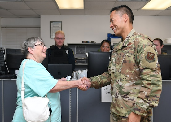 TORQE 62 Gold Star Family Member receives DBIDS ID card